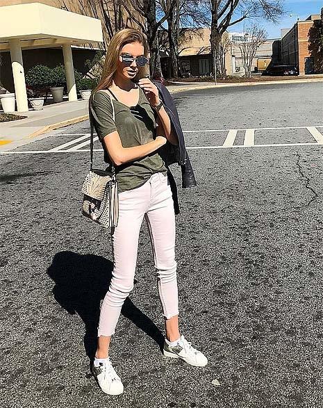 Полина Попова фото