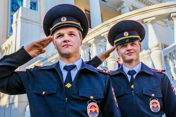 зарплата полиции