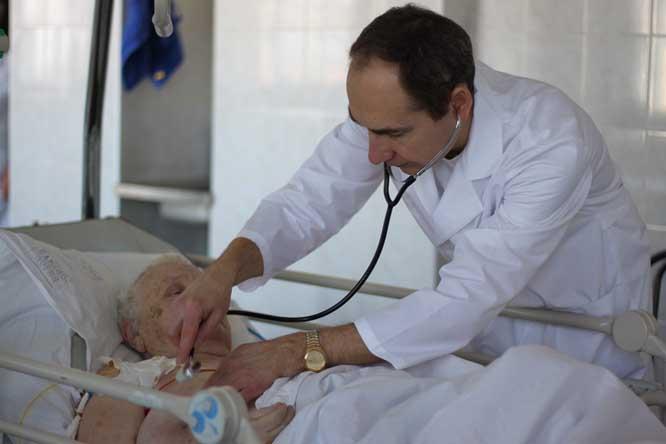 повышение зарплаты врачам