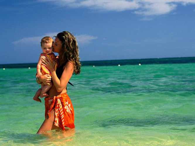 С ребенком за границу куда